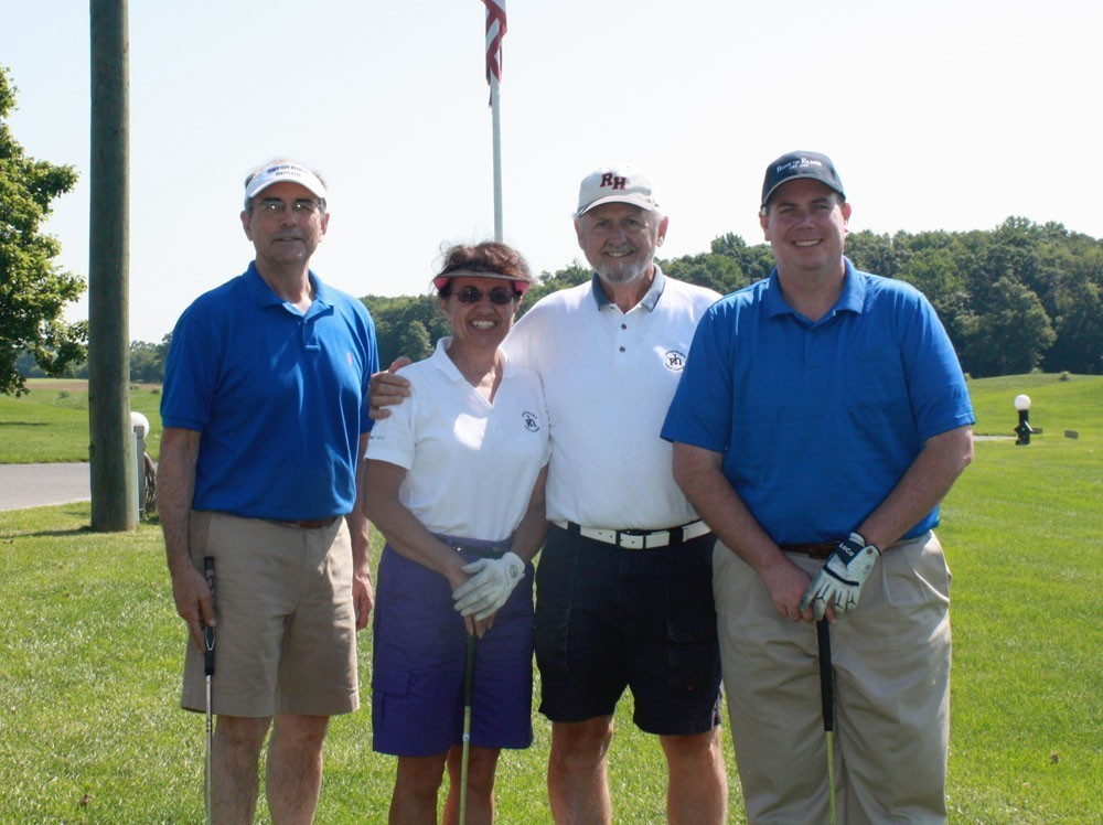 Group at golf tournament